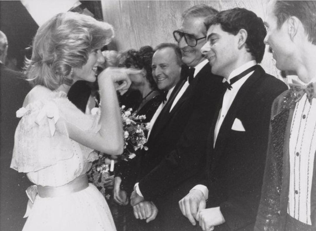 Malika Diana va Rowan Atkinson, 1984 yil