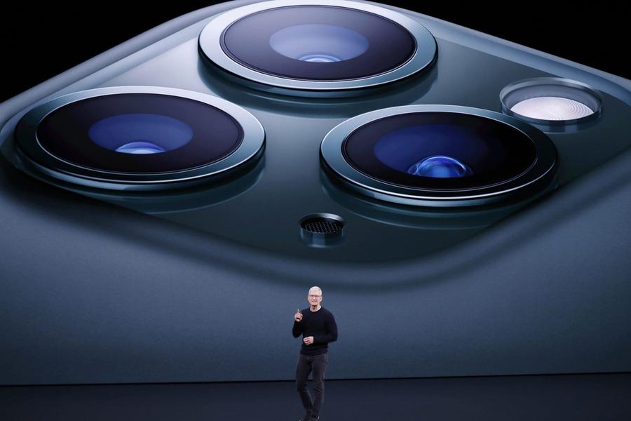 Apple iPhone'ning uchta yangi modelini taqdim etdi
