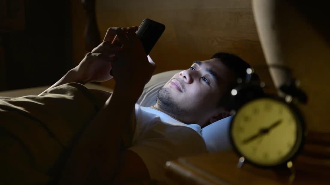 Smartfonlar va ko'rish qobiliyati: ko'z nurini asrash bo'yicha tavsiyalar